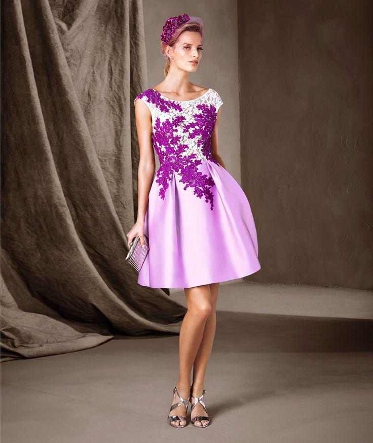 CARALIA - Kurzes Kleid mit Blumencollage von Pronovias