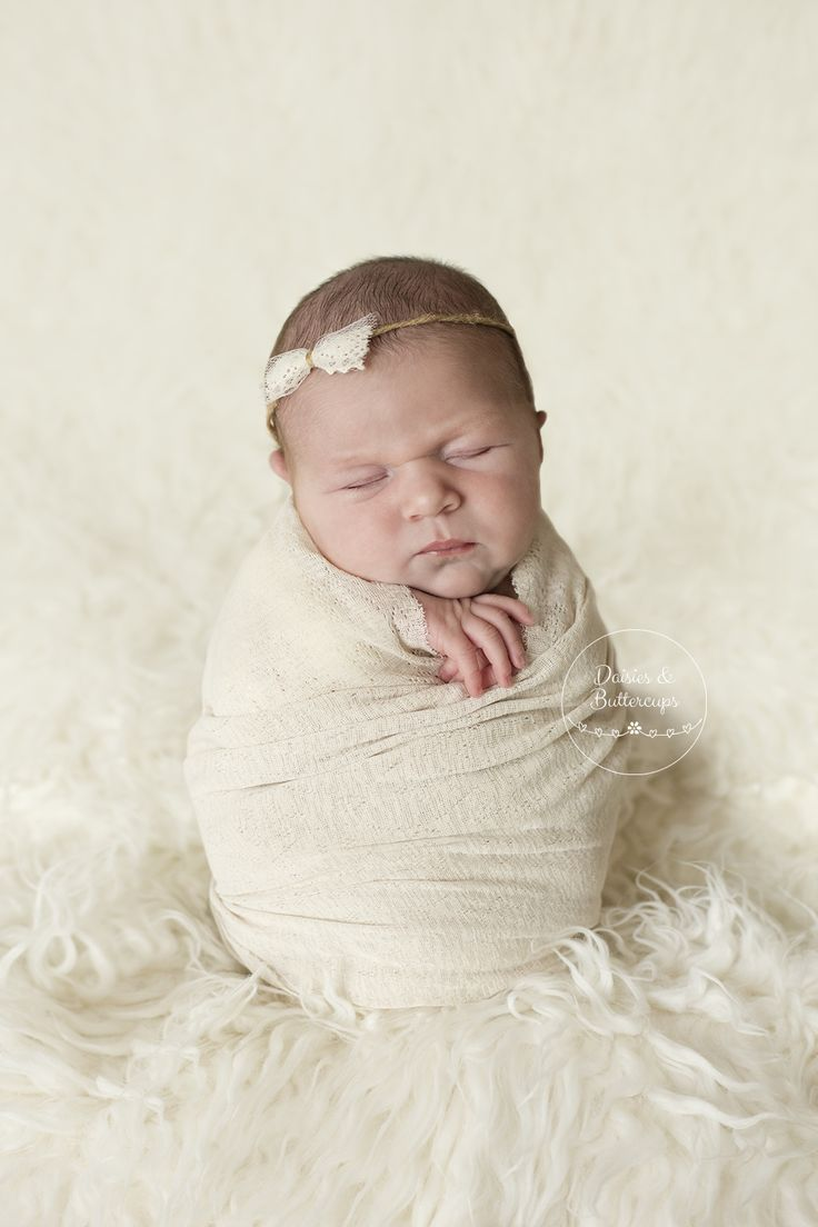 newborn | Daisies & Buttercups Newborn & Family Photography