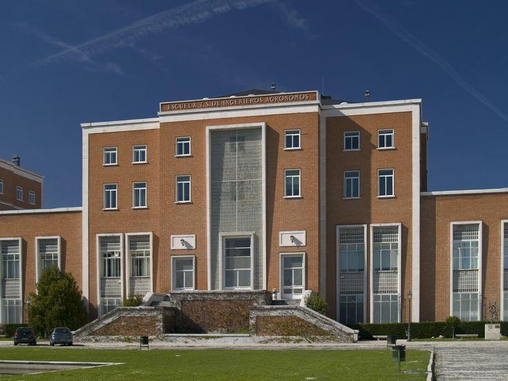 Escuela Técnica Superior de Ingenieros Agrónomos de la Universidad Complutense #arquitectura #madrid