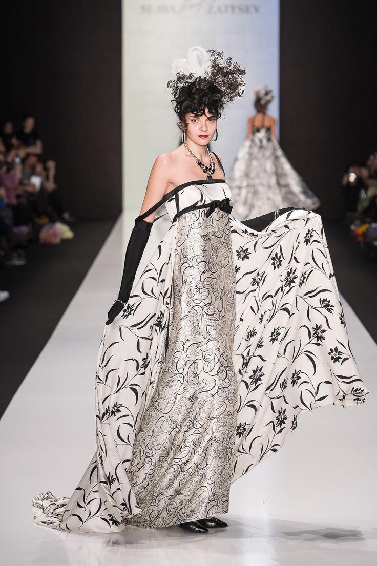 27 марта состоялось открытие 30, Юбилейного, сезона недели моды Mercedes-Benz Fashion Week Russia и по традиции первый показ был Мэтра отечественной моды Вячеслава Зайцева.