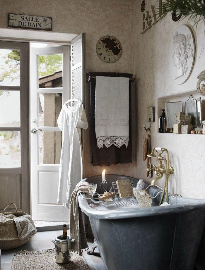Фото из статьи: 20 примеров, почему прованс в ванной — это круто