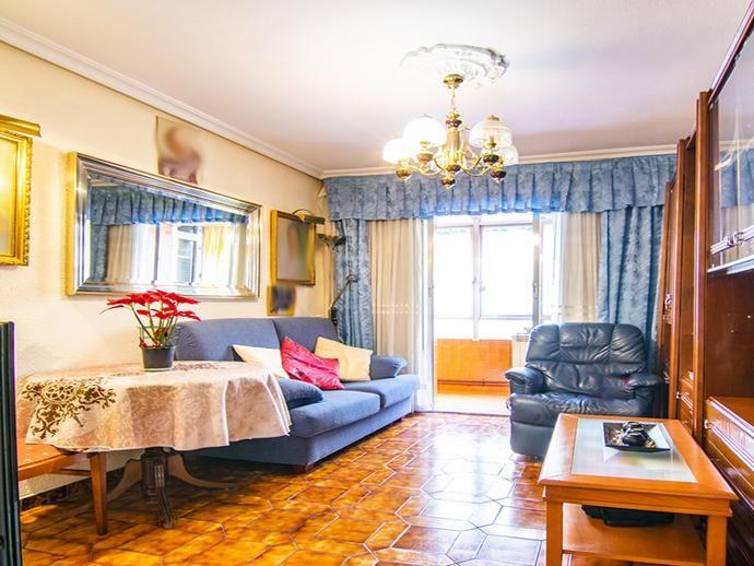 Piso En Valdezarza 149918630 Fotocasa Habitacion Doble Casa De Ninos Pisos