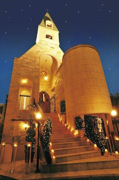 東京・六本木の「ステリーナ教会」夜もライトアップされていて素敵♡チャペルでの結婚式おしゃれまとめ♡ウェディング・ブライダルの参考に♪