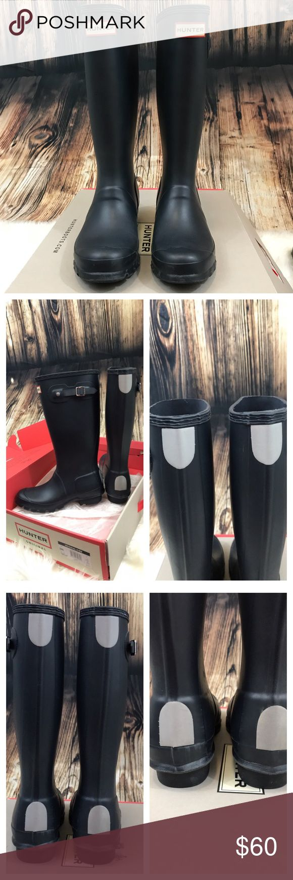 Hunter boots, navy matte kids size 4b/5g Excellent used condition.  Navy matte Hunter boots. Size 4B/5G.  Comes with original box, purchased from Nordstrom.   Light scuffs that would probably come out with some polish? Hunter Shoes Rain & Snow Boots