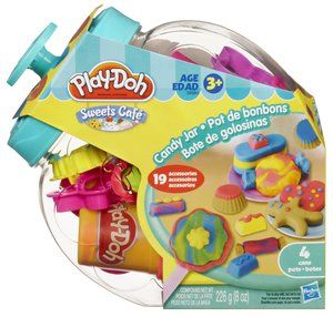 The iconic candy jar package provides storage for 20 candy themed moulds, cutters and tools as well as 4 2oz tubs of Play-Doh to help kids truly bring the Sweet Shoppe to life Box Contains: 2 x Lollipop sticks, 8 x Cutters, 2 x Dishes, 1 x Scoop/cup half mould, 3 x Half moulds, 1 x Roller, 1 x Knife, 1 x Extruder & 4 x 2oz cans of Play-Doh modeling compound.