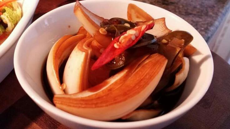 Sweet and Spicy Pickled Onions