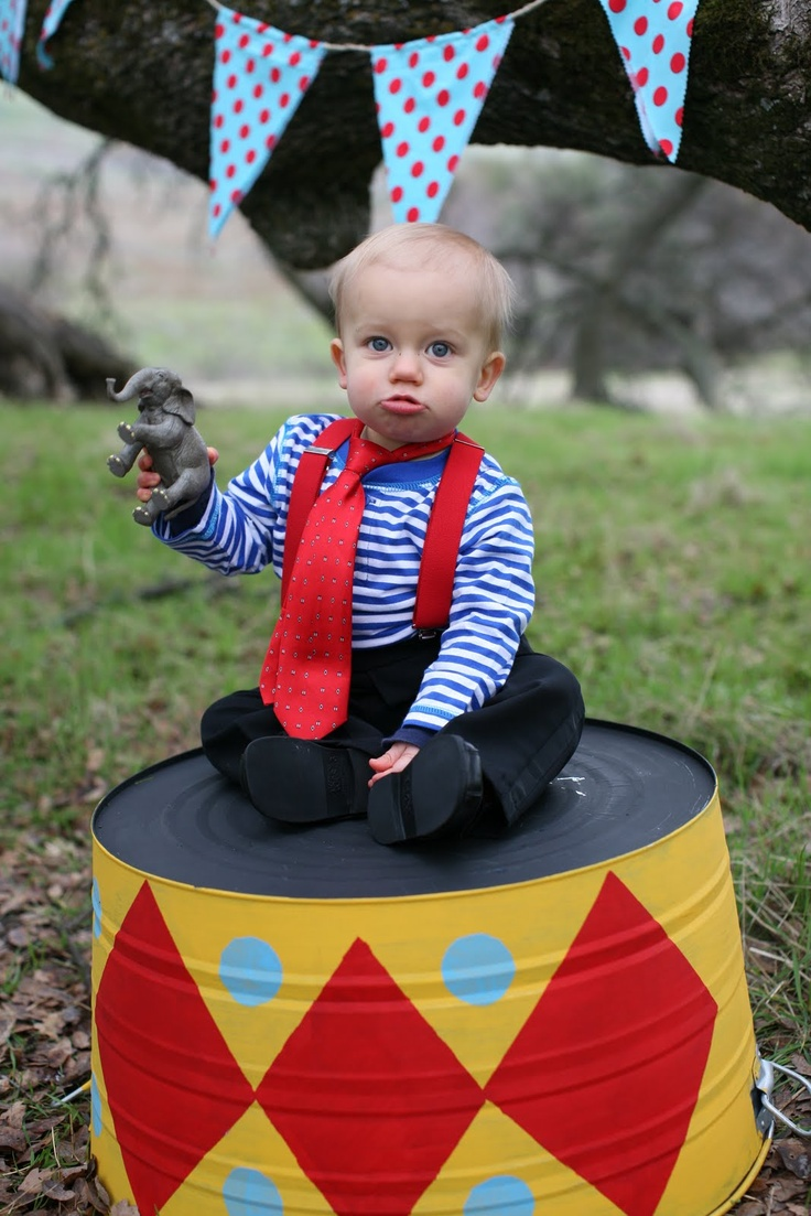 wonderful circus party great idea with the painted washtub!