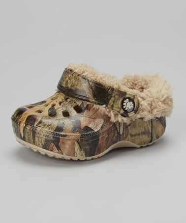 Take a look at this Mossy Oak Fleece-Lined Clog on zulily today!  Ahhhhhh Tyce needs!
