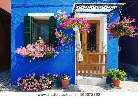 Burano Island Typical House Foto Stock: 169072292 : Shutterstock