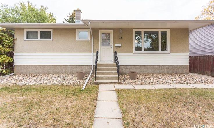 34 Forsyth Crescent in Regina: Normanview Residential for sale : MLS® # SK707399
