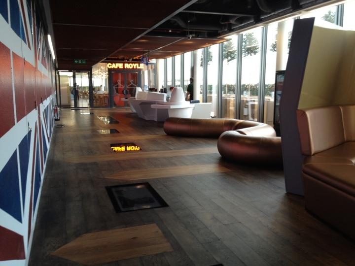 "Google's New London ""Super HQ"": London Super, Offices Design, Googlelondon Ukstyl, Inspiration Offices, Engine Offices, Googleoff Officedesign, Google London, Google Offices, Interiordesign Googlelondon"