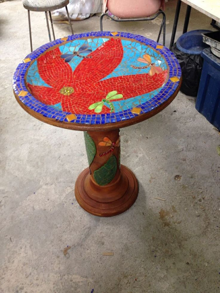 mosaic bird bath made in trinidad mosaic stuff pinterest mosaics mosaic birds and in. Black Bedroom Furniture Sets. Home Design Ideas