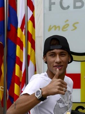 Neymar já está no Barcelona; siga (Josep Lago/AFP e Lluis Gene/AFP)