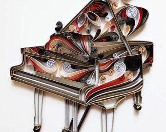 Questa arte quilled è fatto a mano da strisce colorate di carta.  La libellula è realizzata con strisce di carta di 8mm.  -Dimensioni dellimmagine: 200x200mm (8 x8)  La foto è senza cornice!  Fatemelo sapere attraverso ETSY conversazione se avete domande!  Grazie