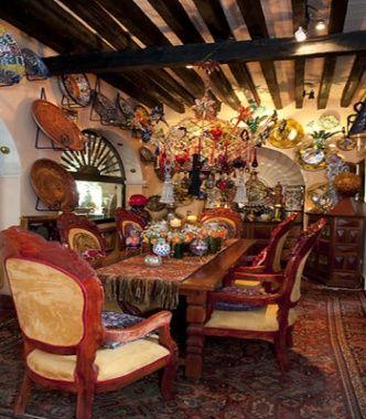 Toller Cranston dining room