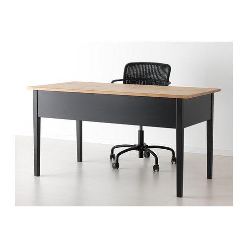 ARKELSTORP Arbeidsbord IKEA Massivt tre er et holdbart naturmateriale. Kan stilles midt i et rom fordi baksiden har samme utførelse.   tips til å bygge kjøkkenøy, liker utrykket på det svarte og str.forholdene