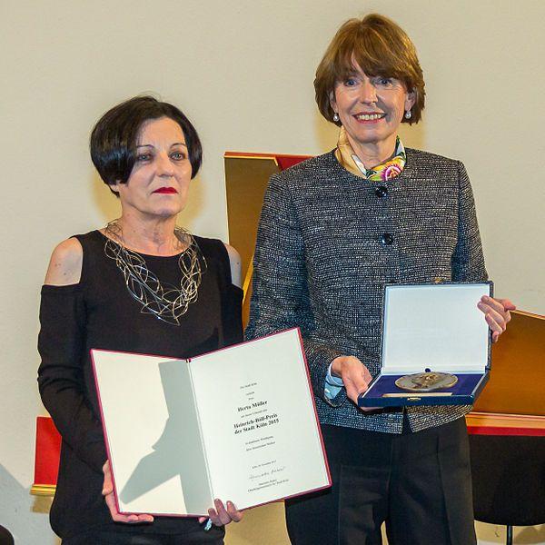Datei:Verleihung Heinrich-Böll-Preis an Herta Müller-3207.jpg