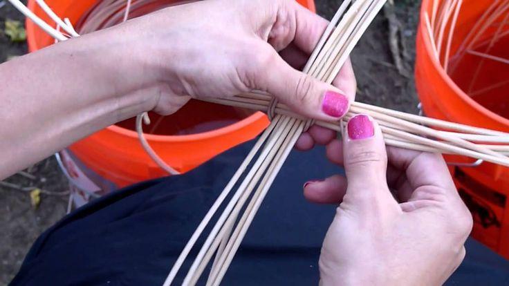 Round Reed Basket Starts Tutorial