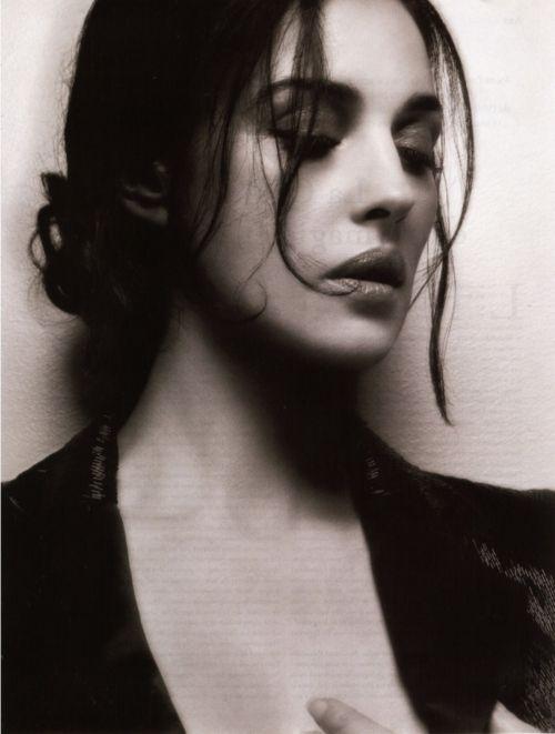 Monica Belluci, escuchas un nombre en italiano y te imaginas una mujer hermosa