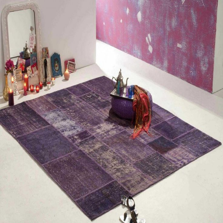Vibrant hues of #purple with the washed off look of a recycled rug is a brilliant combo offered by #ITC. 100% antique #handknotted rug is a demonstration of extreme #creativity which is an eco-friendly option to cover your #floors with. Easy to maintain this #rug is unconventional and offbeat rug with an unpretentious feel.