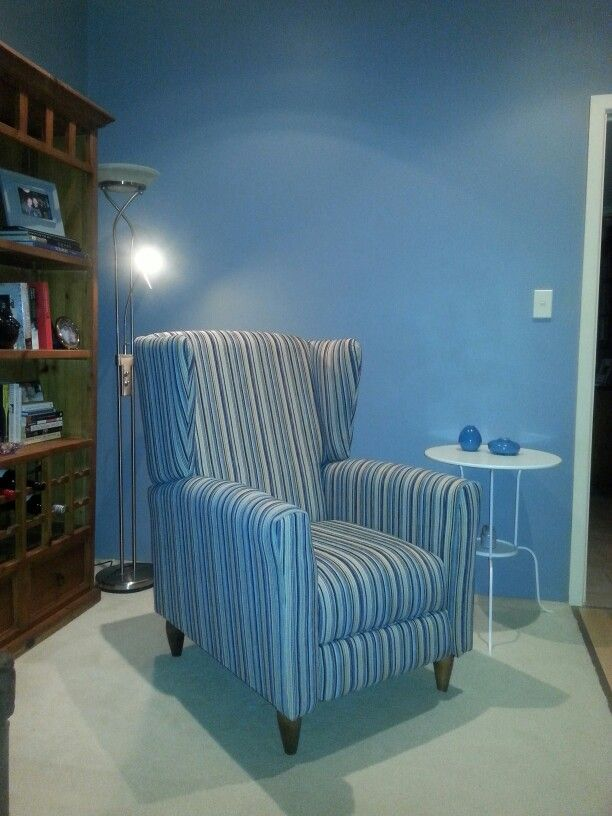 Wingback recliner armchair ♥