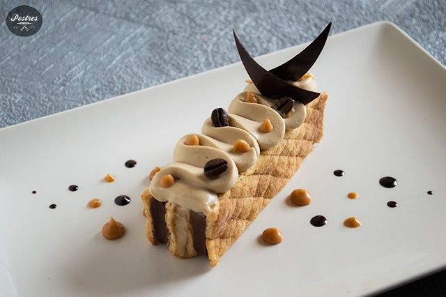 Hojaldre con Crema de Café, Chocolate y Toffee