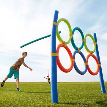 Join rings into a colorful target for noodle javelins, flying disks, soccer balls, and more. Stakes keep the target upright.                 Assign different point values to the rings for an extra challenge.                 You can also lay the station on the ground to play hopscotch or beanbag toss or to use it as part of an agility course.