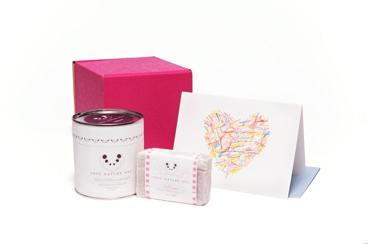 Give a breather gift box! Vanilla candle with coconut and brown sugar, pink grapefruit soap and a bobby pin card all shipped in a pretty little zen box. Ships to U.S. and Canada