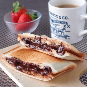 チョコバナナのホットサンド+|+Leye+グリルホットサンドメッシュ+by+館長さん+|+レシピブログ+-+料理ブログのレシピ満載! 甘~いスイーツ系のホットサンドもおまかせください♪+新しいホットサンドメーカー「Leye+グリルホットサンドメッシュ」が届いてから、毎日のようにホットサンドを作っている。なんだか食べることよりも作るこ...