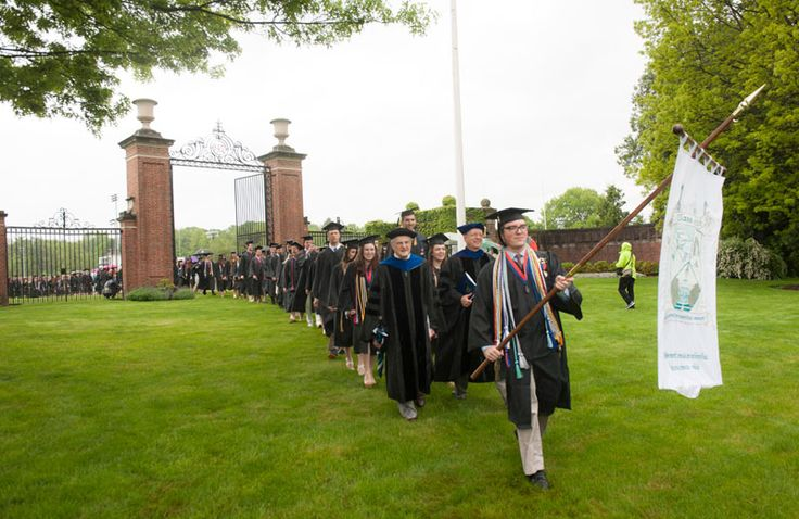 Leslie Moonves '71 at Bucknell University's 166th Commencement: Pursue Happiness. — News 2016 || Bucknell University
