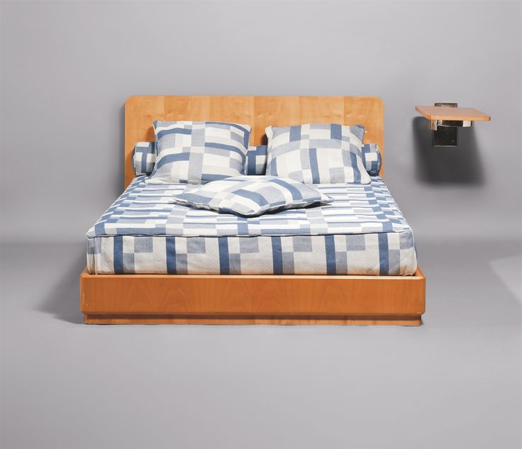 17 meilleures id es propos de cadres de lit en fer sur pinterest lits m talliques cadres de. Black Bedroom Furniture Sets. Home Design Ideas