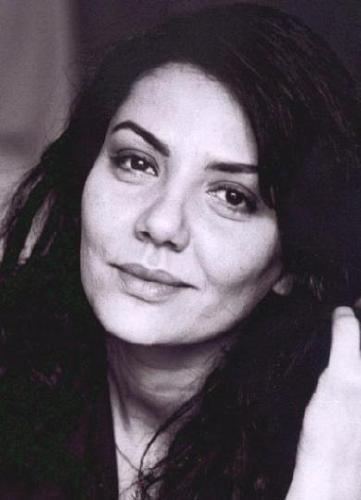 Virginie Darmon- Fiche Artiste  - Artiste interprète - AgencesArtistiques.com : la plateforme des agences artistiques