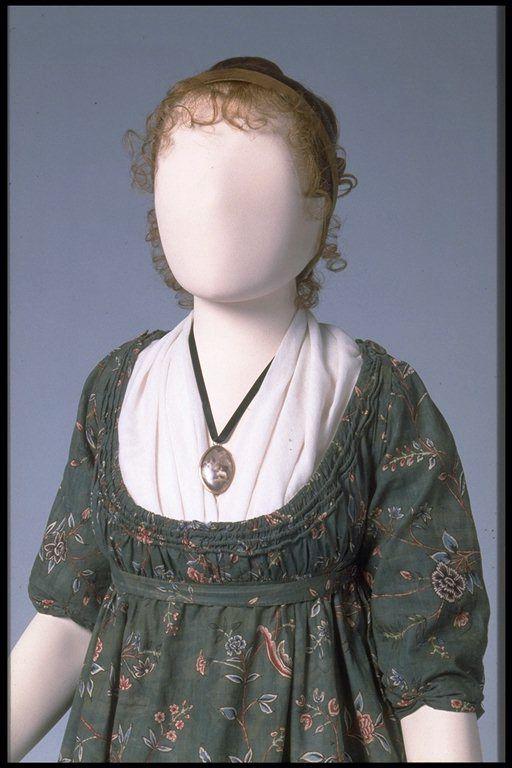 Museum of London: Dress,  1776-1800.