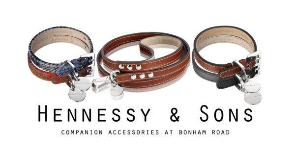 NIEUW IN ONS ASSORTIMENT:  Luxe, handgemaakte Hennessy & Sons hondenhalsbanden en riemen, speciaal voor kleine en middelgrote honden!  Ga snel naar http://www.quinmo.eu/nl/search/hennessy/