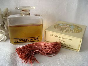"""Vintage Rare Caron Perfume """"N'Aimez Que Moi"""" With Box Baccarat Flacon et Boite   eBay"""