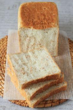 ライフレーク入り角食パン