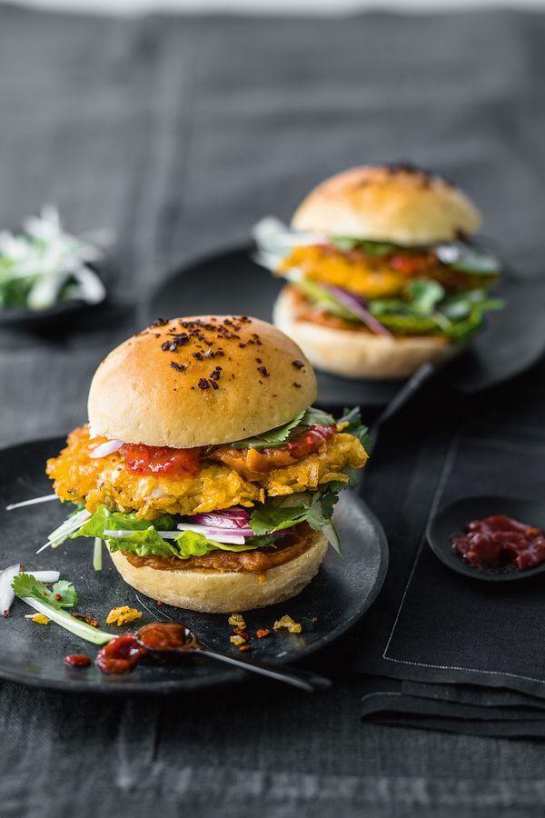 Mr. Lavaman: Crispy Chicken Burger, Foto: © ZS Verlag/ Wolfgang Schardt