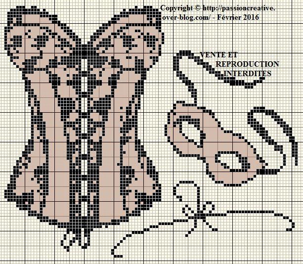 les 25 meilleures id es de la cat gorie alphabet point de croix sur pinterest lettres au point. Black Bedroom Furniture Sets. Home Design Ideas