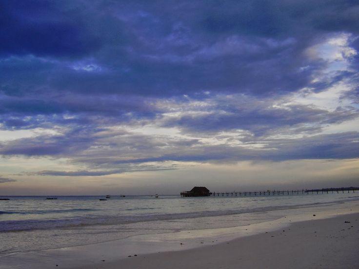 Zanzibar non vuol dire solo belle spiagge e bel mare (che in effetti è straordinario). C'è anche altro.  http://www.travelstories.it/2014/02/viaggio-zanzibar-non-solo-mare-non-solo.html  #Zanzibar #kiwengwa #stonetown #sunset #Indianocean #spices #spiceisland