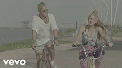 shakira la bicicleta - YouTube