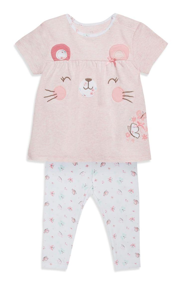 Set van witte legging met roze shirt