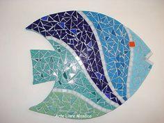 Base MDF, trabalho em mosaico com pastilhas de vidro. <br>Tamanho: 23 cm Diâmetro