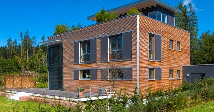SchiebetUren Holz FUr Aussen ~ Bauhaus Modern Living mit Holzfassade und Flachdach von Baufritz More