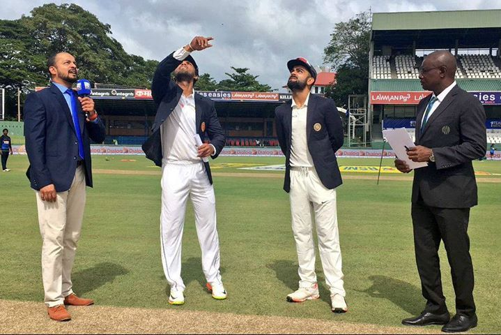 India have won the toss and have opted to bat; Kuldeep Yadav comes in place of Ravindra Jadeja #SLvIND #3rdTest - http://ift.tt/1ZZ3e4d