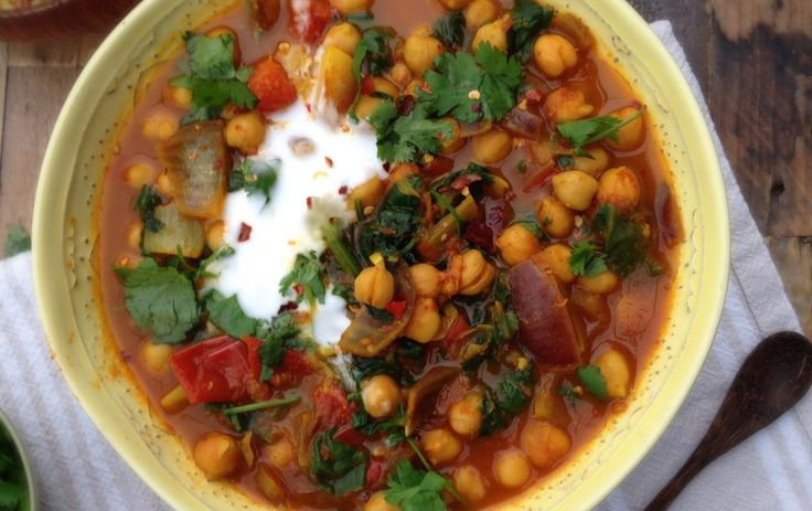 <p>A quick, hearty, and delicious curry … that's ready in fifteen minutes? No way? Yes way!</p>