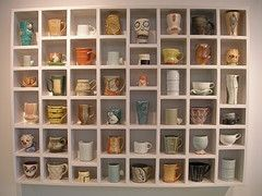 I need this in my dining room or kitchen! Display rack for coffee mugs