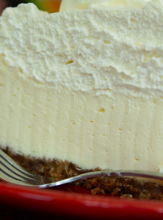 Another pinner said - the BEST cheesecake EVER in the history of cheesecake----made this for fathers day, and it was SERIOUSLY good. probably the best cheesecake i've made~eb