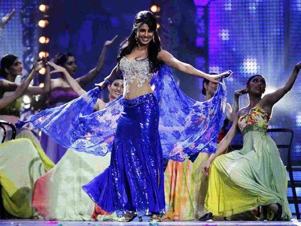 Bollywood Dance :Priyanka Chopra