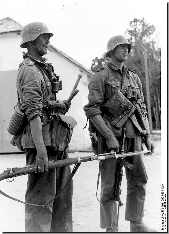 Summer 1941, Eastern Front......victorious German soldiers on their way to Moscow, and disaster.
