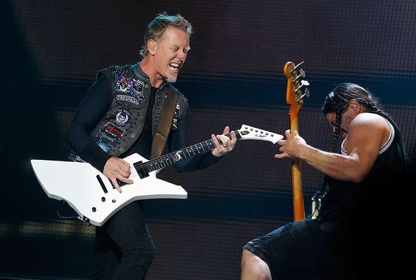 metallicaFavorite Things, James Hetfield Metallica, Guitar Stuff, Portraits Photography, Music Pictures, Mighty Metallica, James Robert, Metallica Fans, Heavy Metals